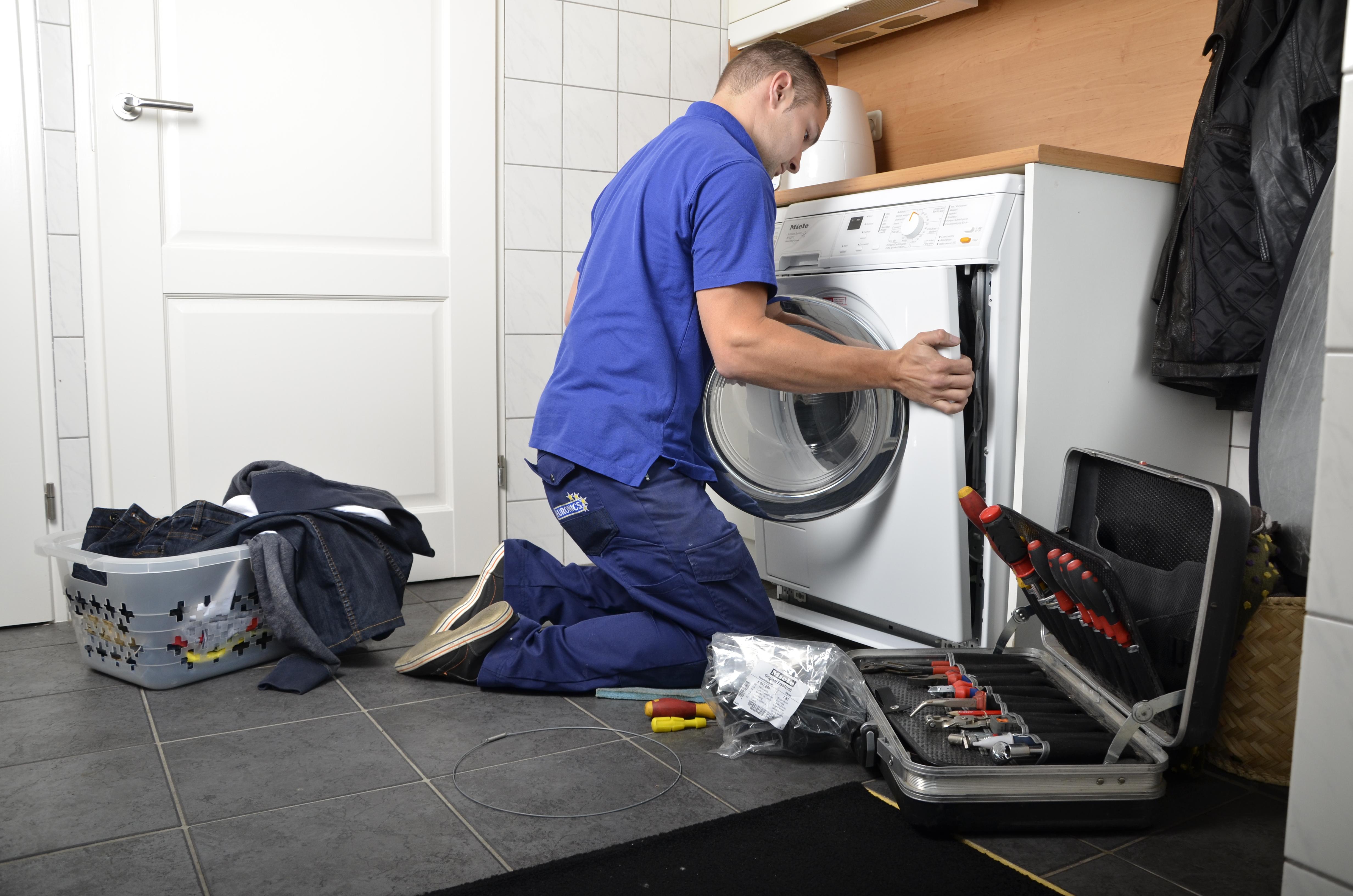 Bekend Wasmachine centrifugeert niet meer AZ28